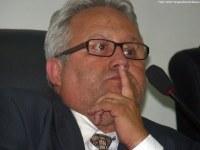Antonio Carlos encaminha ofícios solicitando serviços à prefeitura