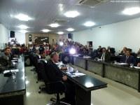 Câmara inicia período legislativo nesta terça