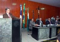 Candidato à presidência nacional do PT visita a Câmara