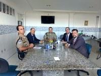 Comissão de Segurança da Câmara de Caruaru se reúne com Comandante do 4º BPM