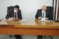 Convênio entre a Câmara Municipal de Caruaru e Universidade Federal de Pernambuco é firmado nesta sexta-feira (07)