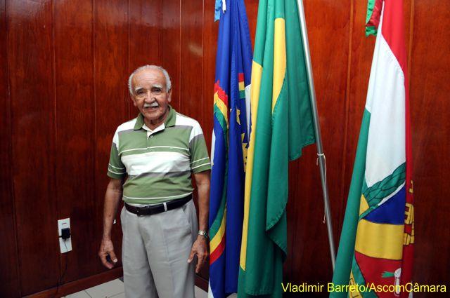 """Elias Soares visita a """"Casa do Povo"""""""
