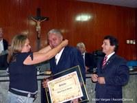 Emoção na concessão da Medalha Álvaro Lins