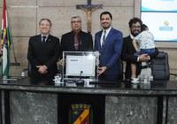 Entrega do Título de Cidadão a Clóvis Santos nesta sexta-feira (01)