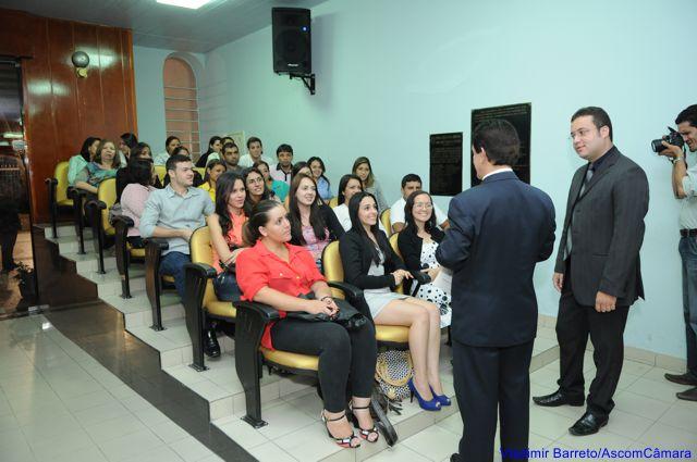 """Estudantes de Santa Cruz visitam a """"Casa do Povo"""""""