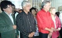 Gilberto de Dora comemora inauguração de praça