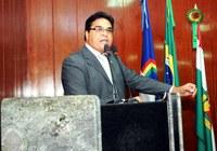 Jaelcio Tenório lembra 'aniversário' da Carteira de Trabalho