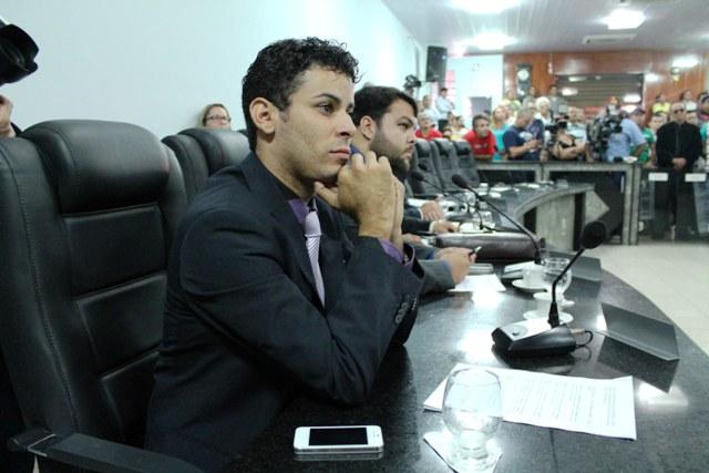 Jajá comemora volta dos parlamentares e cobra respostas