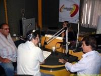 Leonardo concede entrevista na Caruaru FM