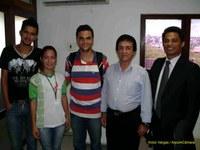 Leonardo recebe lideranças estudantis