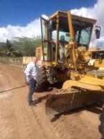Lula Tôrres acompanha terraplanagem em Peladas