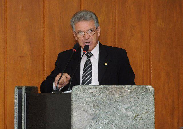 Lula Tôrres homenageia os 55 anos da Rádio Cultura
