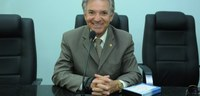 Lula Tôrres solicita adaptações em escolas públicas