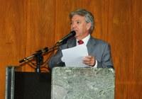 Lula Tôrres solicita cumprimento da lei contra a poluição visual