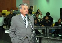 Lula Tôrres solicita exames para alunos da rede municipal
