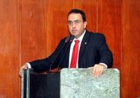 Marcelo Gomes refuta greve e contradiz Sismuc