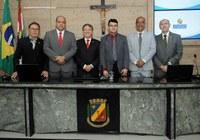 Moysés Santos toma posse como vereador na Câmara de Caruaru