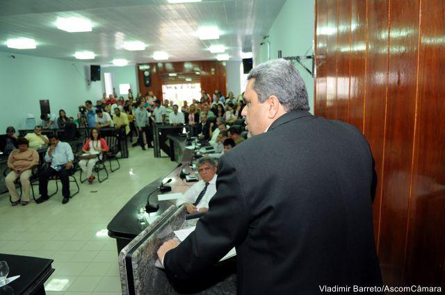 Neto destaca competência e compromisso na gestão de Aparecida Souza