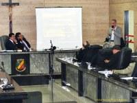 Palestra espírita e aprovação de proposituras na Câmara