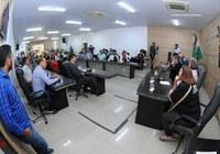 População participa do debate sobre reforma da previdência no plenário Legislativo de Caruaru