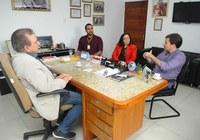 Presidência da Câmara recebe representantes da Uninassau Caruaru