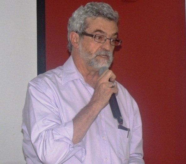 "Presidente do PT de Pernambuco vai visitar a ""Casa do Povo"""