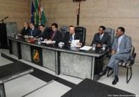 Reunião concede cidadania e aprova proposituras