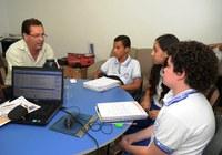 Rozael do Divinopólis é entrevistado por estudantes