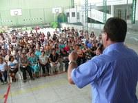Rozael e Associação de Moradores do Divinópolis festejam Dia das Mães