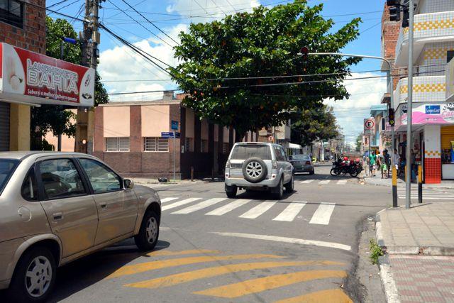 Semáforo é implantado no Divinópolis