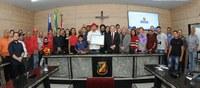 Trabalhador autônomo recebe Título de Cidadania Caruaruense