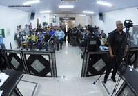 Tribuna: Protesto dos ambulantes foi destaque na reunião desta terça (22)