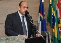 Pb. Andrey Gouveia apresenta PL para implantação do Guia Municipal da Saúde